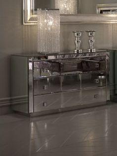Luxury set of mirrored Venetian drawers