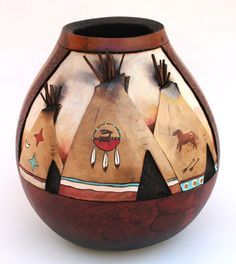 Gourds by Kristy Dial - Yahoo Image Search Results Decorative Gourds, Hand Painted Gourds, Native American Decor, Gourds Birdhouse, Vases, Art Carved, Gourd Art, Native Art, Art Festival