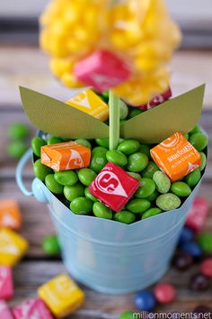 I created this easy DIY gift with Skittles & Starburst candies as part of a sponsored campaign for Collective Bias and their client. I was checking out my calendar the other day and noticed tha…