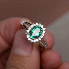 Green Emerald Ring G
