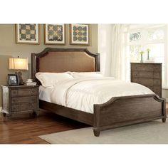 The notched headboard and footboard give this Furniture of America Farren Panel Bed its rustic charm. Details include a smooth, padded fabric headboard. Wood And Upholstered Bed, Upholstered Platform Bed, Grey Bedroom Set, Bedroom Sets, Master Bedroom, Queen Bedroom, Bedroom Decor, Bedroom Furniture Stores, Furniture Deals