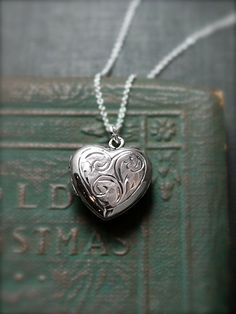 Vintage Sterling Silver Heart Locket Necklace, Small Birmingham England Pendant…