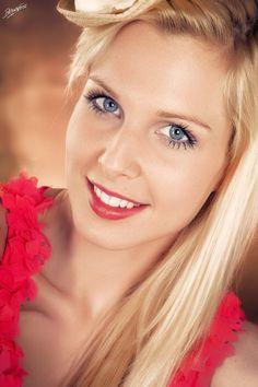 happy - kathis - sommer - blond - blau - brownzart.at Photoshop, Inspiration, Pictures, Summer, Blue, Biblical Inspiration, Inhalation, Motivation