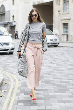 Street Style of London Fashion Week 2015 SS