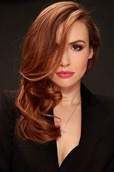Marta Zmuda Trzebiatowska Golden Brunette, Celebrity Faces, Natural Redhead, Cute Beauty, Science Art, Art Music, Google Images, Dyed Hair, Redheads