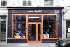 Antique bookshop Paris - Streeview. Librairie Le Feu Follet - Edition-Originale.com