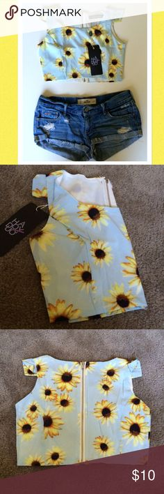 Nwt sunflower crop top Nwt sunflower crop top with winged sleeves and zipper in the back. Perfect with a pair of jean shorts and a flowy sweater for the evening. Haoduoyi Tops Crop Tops