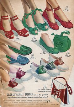 Age Anniversary Catalog - 1949 - Vintage Patterns and Fashion - Shoes Moda Vintage, Vintage Mode, Retro Vintage, Vintage Hats, Vintage Jewelry, 40s Mode, Retro Mode, 1940s Shoes, Retro Shoes