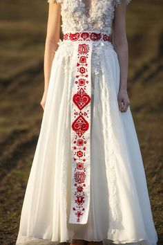 Back metal closure-hook and eye buckle Hand embroidered belt material: ivory satin, red embroidery wide belt: back Lenght Waist: Handmade with love Evening Dresses, Formal Dresses, High Fashion, Womens Fashion, Bohemian Style, Bridal Dresses, Dream Wedding, Wedding Things, Style Inspiration