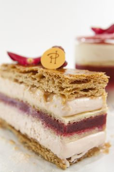 Pierre Herme Delicious Desserts, Yummy Food, Lenotre, French Cake, French Patisserie, Sweet Cooking, Ice Cake, French Desserts, Specialty Cakes