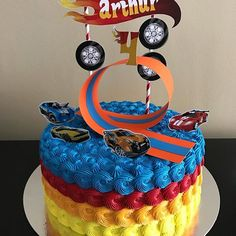 themed first birthday Bolo Hot Wheels, Hot Wheels Cake, Hot Wheels Party, Imprimibles Hot Wheels, Torta Blaze, Car Cakes For Boys, Cake Designs For Boy, Hot Wheels Birthday, Party Cakes