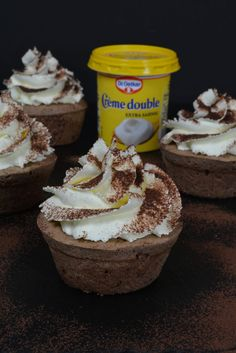 schoko-cupcakes-mit-kirschwasser-topping-2