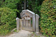 Dornach_-_Goetheanum_-_Gedenkhain2.jpg 4,288×2,848 pixels
