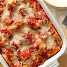 Impossibly Easy Pizza Bake Allrecipes.com Bisquick Recipes, Baking Recipes, Pizza Recipes, Crockpot Recipes, Dinner Recipes, Quiches, Great Recipes, Favorite Recipes, Pizza Bake