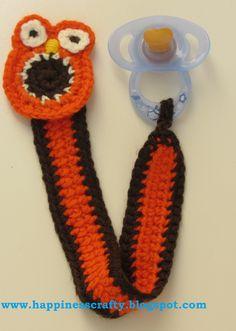 Owl Pacifier Holder ~ Free Crochet Pattern...kinda looks like a screaming Elmo to me :-)