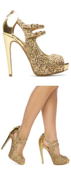 Gold glitter heels // Okay, so these remind me of Beyonce. But, I'd feel like a million dollars wearing these shoes!