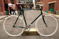 Cycle EXIF  Skip to content        Contact      Archives      About      Advertise    « Previous Sunn Royal  Bishop Bikes Jinbok's Cyclocross Next »  The Little Mule Co.    Little Mule Tweed Ride    Cycle EXIF has a new supporter on board, The Little Mule Co. Located in Melbourne, Australia,