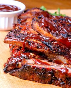 Here are some of our family's favorite Super Bowl BBQ Recipes (both the sweet and the savory). People will come just for the food with these recipes! Costillitas Bbq, Bbq Ribs, Pork Ribs, Barbecued Ribs, Rib Recipes, Mexican Food Recipes, Cooking Recipes, Healthy Recipes, Delicious Recipes