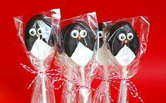 Penguin Oreo Pops