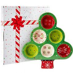 temp-tations® Tree Shaped Muffin Pan in Gift Box