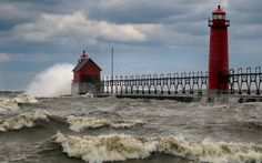 Sea, The Netherlands. This is the lighthouse in Grand Haven, Michigan, USA, not the Netherlands.