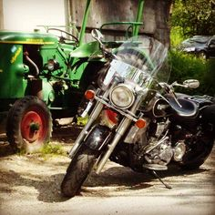 More Bikes @ Männermode Schlangen  #maennerfreundschaft #maennerstyle #menstoys4ever #menstoys #biker #wanderlust #Bayern #Männermode #schlangen #grevenbroich #rommerskirchen #bedburg #korschenbroich #aachen #köln #harley #harleydavidson #yamaha #bmwmotorrad Harley Davidson, Wanderlust, Motorcycle, Vehicles, Bmw Motorrad, Bayern, Biking, Car, Motorcycles