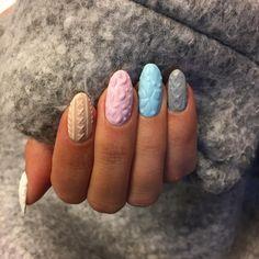 Christmas nail art: knit nail art