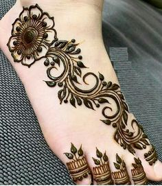What is a Henna Tattoo? Henna tattoos are becoming very popular, but what precisely are they? Leg Henna Designs, Finger Henna Designs, Mehndi Designs Feet, Legs Mehndi Design, Mehndi Designs Book, Mehndi Design Pictures, Modern Mehndi Designs, Mehndi Designs For Beginners, Mehndi Designs For Fingers