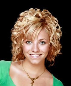 medium+curly+hairstyles000.jpg 500×600 pixels