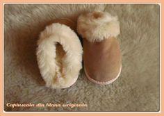 De ce sunt atat de speciale #papucii si #cizmele #simonfur din #blanadeovine . #accesorii #blana #stil #moda #incaltaminte