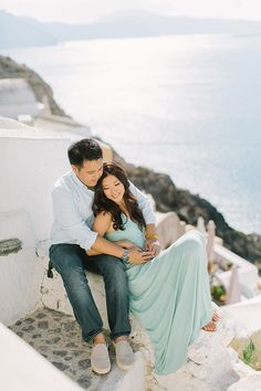 Stylish Santorini Portrait Session  See more on Love4Wed  http://www.love4wed.com/stylish-santorini-portrait-session/  Photography by ANNA ROUSSOS PHOTOGRAPHY   http://www.annaroussos.com/