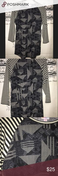 LulaRoe Stripe Casual Top Small Super cute casual top new with tags. Small LuLaRoe Tops Tunics