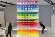 """Instalación """"I am here"""", Exposición """"Space in Ginza"""", METoA Ginza, Tokyo, Japón - Emmanuelle Moureaux Architecture + Design - © Daisuke Shima"""