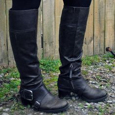 black knee high boots....  every fall I get a new pair, WOOT!  almost time!