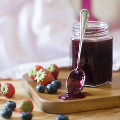 mermelada-fresas-arandanos-thermomix Sugar Free Jam, Chocolate Fondue, Panna Cotta, Recipies, Veggies, Pudding, Cookies, Canning, Control