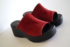TRAXXO Vintage Red Genuine Suede Leather Slides Open Toe Heel Womens Slip on Shoes Platform shoes Size 40 Summer Shoes Platform Mule Sandals Suede Leather Wedge Mules Platform Mule Slides Genuine Leather outside  In exelent vintage condition   SIZE: WOMENS SIZE 40 really fits to 39 size  MEASUREMENTS: width insole 9 cm Length of insole: 26 cm Heel height: 7 cm platform 3 cm  weighs 1095 grams   Feel free to message me with any questions