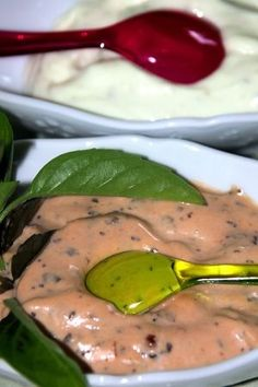sauce bourguignonne maison Pesto Sauce, Garlic Sauce, Sauce Pour Fondue, French Sauces, Cuisine Diverse, Cooking Sauces, Marinade Sauce, Sweet Chili, Butter Sauce