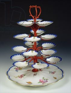 Stand for serving oysters, Sevres, 18th century (porcelain)