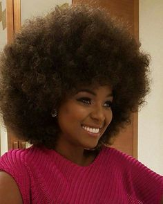 AFRO OF THE DAY #1311 pictured: Amara La Negra #afro #natural #black #hair