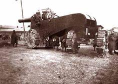 The Italian Obice da 305/17 G. Mod. 1917 howitzer circa the First World War.