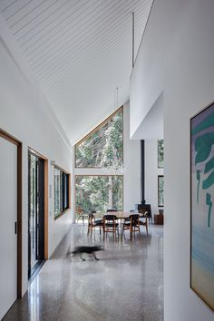A cosmopolitan and contemporary barn house set amongst tall majestic hoop trees and pillar rock in the rural area of Byron Bay is the quintessence of what a family home appears to be for Tim Sharpe and his wife.  Both the architect and owner-builder behind this project, Tim wanted to embody an abundance of character and warmth throughout the overall design of the home without overlooking functionality and efficiency.