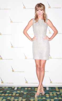 Another sparkling star! Pairing the dazzle of many of this week's standouts with the simplicity of others, Taylor Swift was at her prettiest while accepting her Nashville Songwriters Association International Award in Houghton's silver sheath.