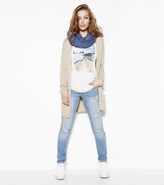 Distressed Is Better: Open Cardigan, Roadtrip Ringer Tee, Pacific Blue Skinny Jeans.