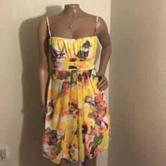 gorgeous bright colored dress Spaghetti strap dress, 100% polyester. Fresh and gorgeous! Dresses