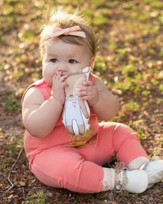 Chubby Babies, Funny Babies, Cute Babies, Precious Children, Beautiful Children, Beautiful Babies, Baby Boy Or Girl, Mom And Baby, Baby Love