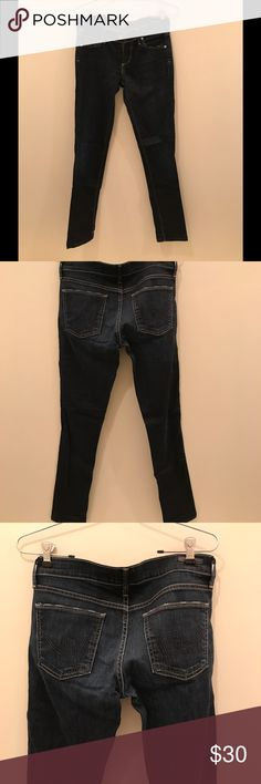 Citizens of Humanity Avedon Jeans in Faith Wash Citizens of Humanity Avedon straight leg low rise jeans. Dark wash, in excellent condition. Citizens Of Humanity Jeans Straight Leg