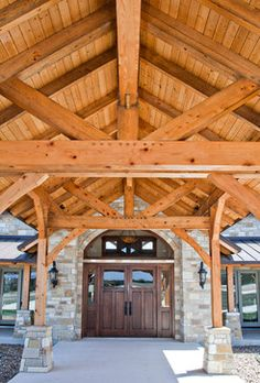 Timber Frame Home Hill Country Home Project. View this hybrid home project gallery for ideas on your next timber frame dream home. Timber Frame Cabin, Timber House, Timber Frames, Hill Country Homes, Country Style Homes, Porch Plans, Cabin Plans, Rustic Houses Exterior, Ranch Decor
