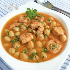 Chickpeas with prawns - Garbanzos con langostinos Chickpea Recipes, Vegetarian Recipes, Cooking Recipes, Healthy Recipes, Mexican Food Recipes, Dinner Recipes, Ethnic Recipes, Guisado, Good Food