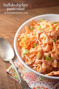 Spicy buffalo chicken pasta salad