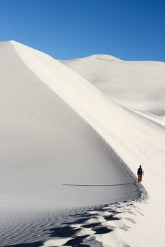 Eureka Dunes, Death Valley National Park, California #EurekaDunes #DeathValley #DeathValleyNationalPark #California